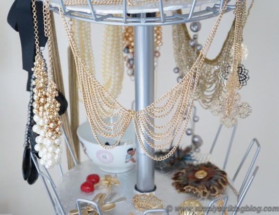 accessorie statement necklaces