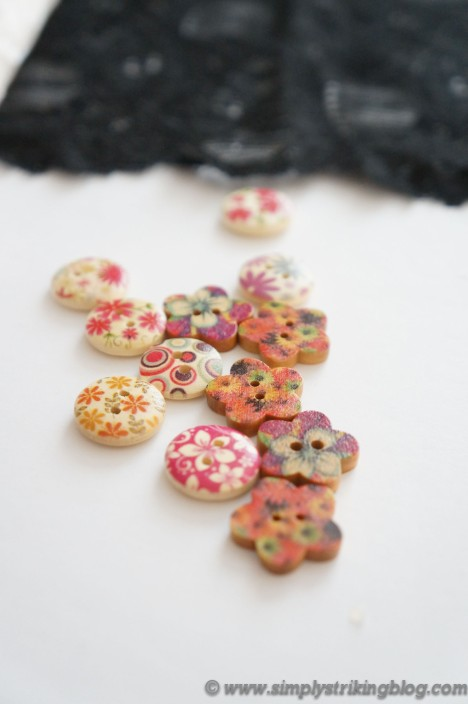 lace cuff buttons